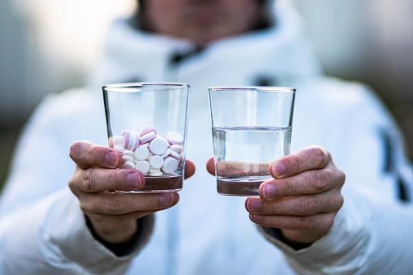 Горькая чаша: в России нужен госмониторинг лекарственного загрязнения воды