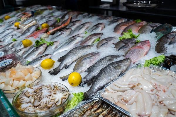 Ученый: можно ли заразиться новым коронавирусом через морепродукты