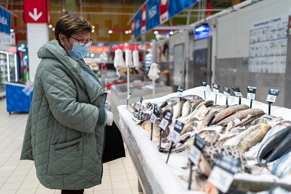 Эксперты сообщили о росте оптовых цен в России на скумбрию