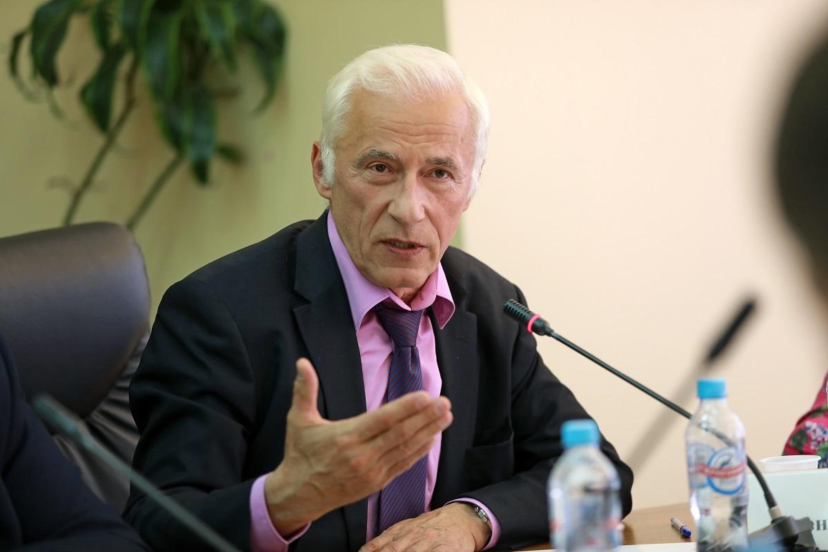 Николай Власов рассказал о новых возможностях «Меркурия», казусах ветсертификации и плюсах маркировки животных